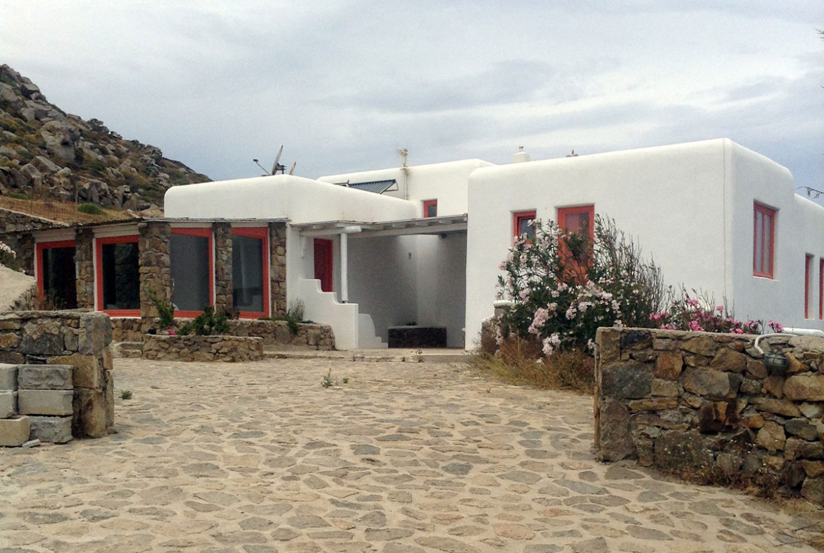Mykonos house by the sea