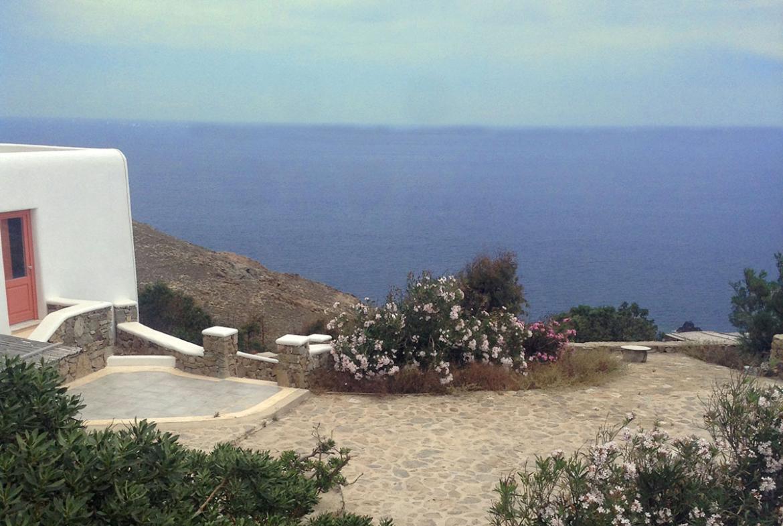 Mykonos house near the sea